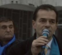 """PROMISIUNI PNL DÂMBOVIȚA: """"FĂRĂ TRASEIȘTI ȘI OAMENI FĂRĂ COLOANĂ VERTEBRALĂ"""""""