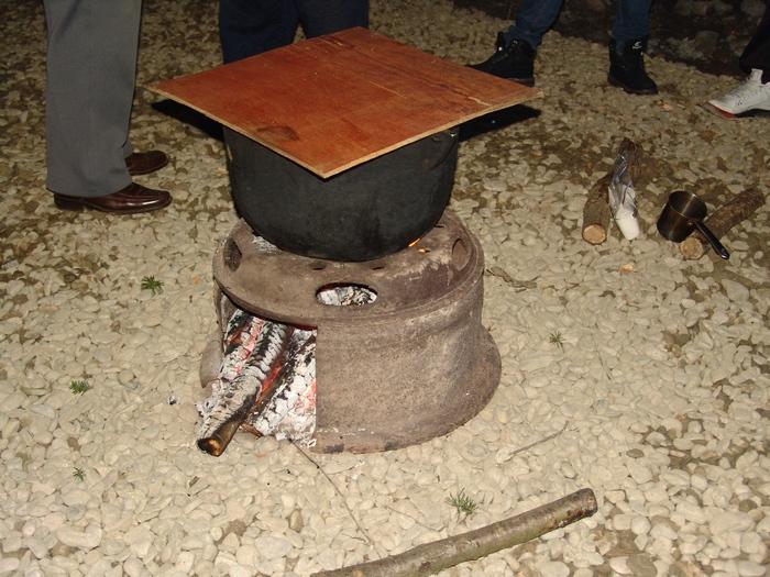 ceaun la foc