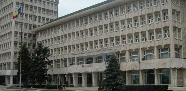 PREŞEDINTELE UNESCO COMMUNITY DIN PARIS, LA TÂRGOVIŞTE