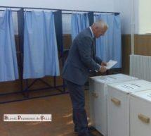 """SENATORUL ADRIAN ŢUŢUIANU (PRO ROMÂNIA), ÎN ZIUA VOTULUI: """"ASTĂZI VA FI ÎNCEPUTUL UNUI PROCES DE RESETARE A VIEŢII POLITICE DIN ROMÂNIA"""""""