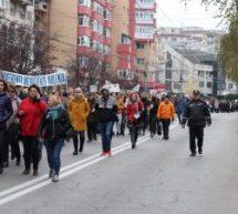 TÂRGOVIŞTE, MARŞ DE PROTEST ÎMPOTRIVA VIOLENŢEI