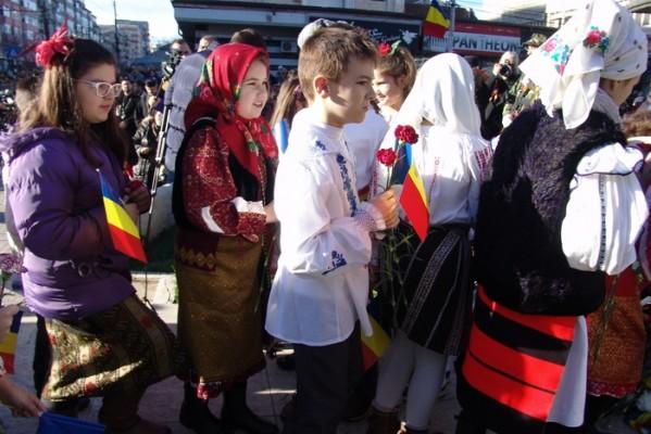 ZIUA NAŢIONALĂ, SĂRBĂTORITĂ (ŞI) LA TÂRGOVIŞTE