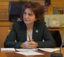 OANA VLĂDUCĂ (DEPUTAT PRO ROMÂNIA) ADUCE ÎN ATENŢIA MINISTRULUI AGRICULTURII SITUAŢIA POMICULTORILOR DE PE VALEA DÂMBOVIŢEI, A CĂROR RECOLTĂ A FOST AFECTATĂ, ÎN 2016, DE GRINDINĂ
