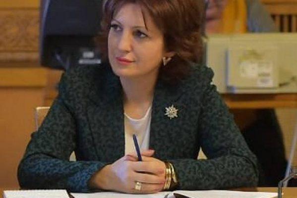 DEPUTAT OANA VLĂDUCĂ (PRO ROMANIA) A SOLICITAT FINANŢARE PENTRU CENTRUL SALVAMONT, DE LA PEŞTERA-PADINA