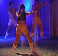"""TEATRUL TONY BULANDRA – """"ARGONAUTAS"""", SUPER PRODUCŢIA CARE DESCHIDE SALA MARE, DUPĂ LUCRĂRILE LA SCENĂ ŞI LUMINI"""