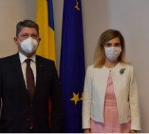 Întâlnire între ambasadorul Füsun Aramaz și senatorul Titus Corlățean, președintele Comisiei pentru politică externă a Senatului României